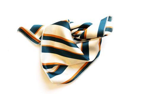 foulard vintage bijoux naives
